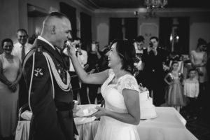 Fotograf ślubny Legnica. Przyjęcie weselne pałac Konary Przeworno.